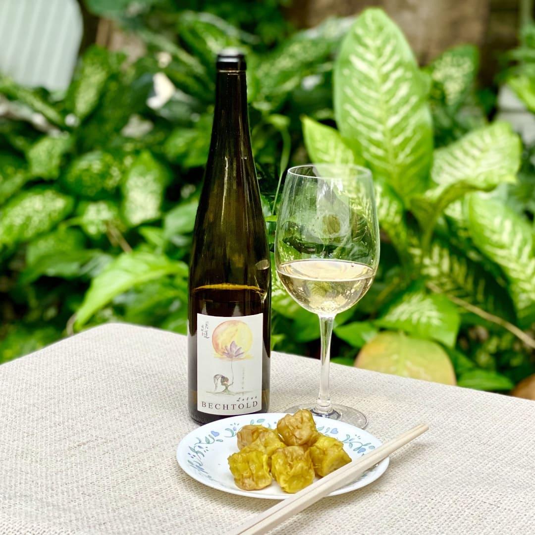 Food Thursday - Wine & Dim Sums